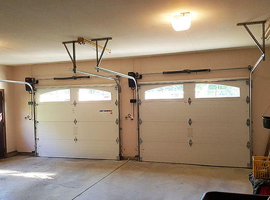 Garage door repair costs