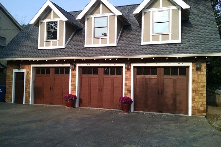 Blog Complementing Your Entry Door With Your Garage Door
