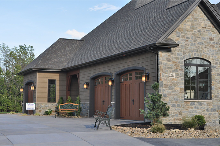 Blog : Picking Out The Right Garage Door Color on Garage Door Colors Pictures  id=84510